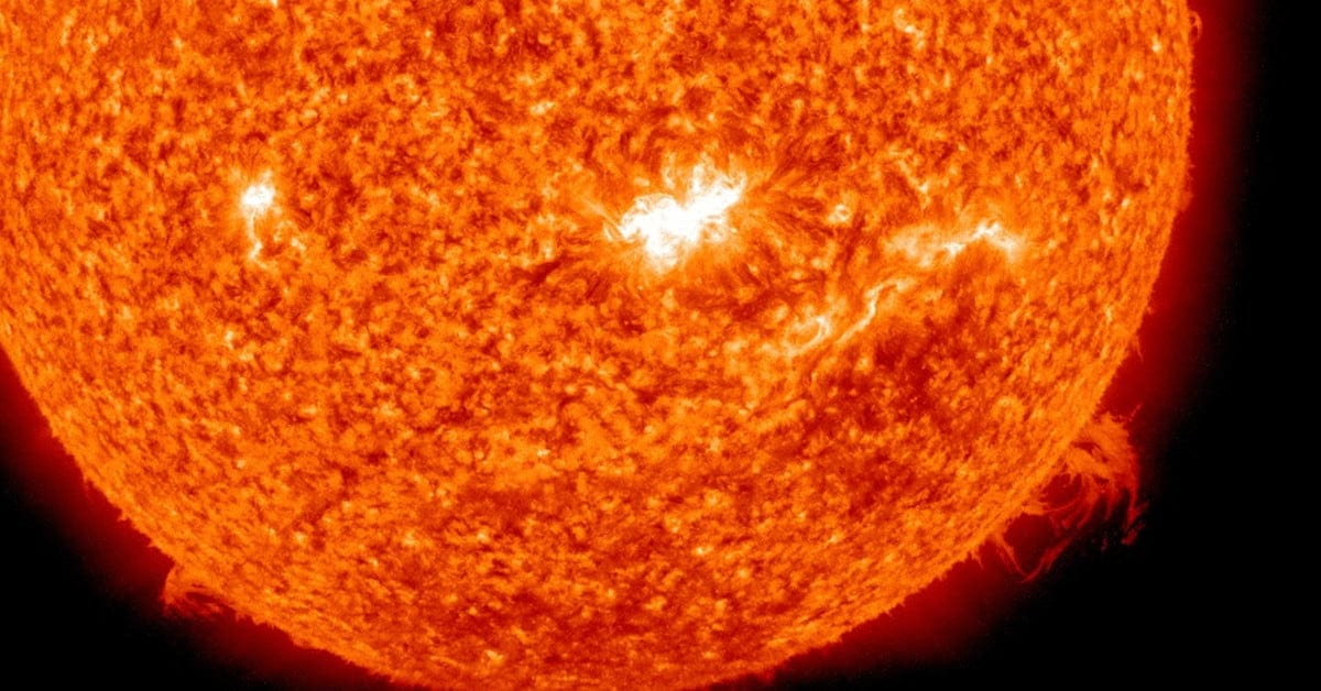 Earth Is at Its Closest to Sun Today: It's Perihelion Day ...